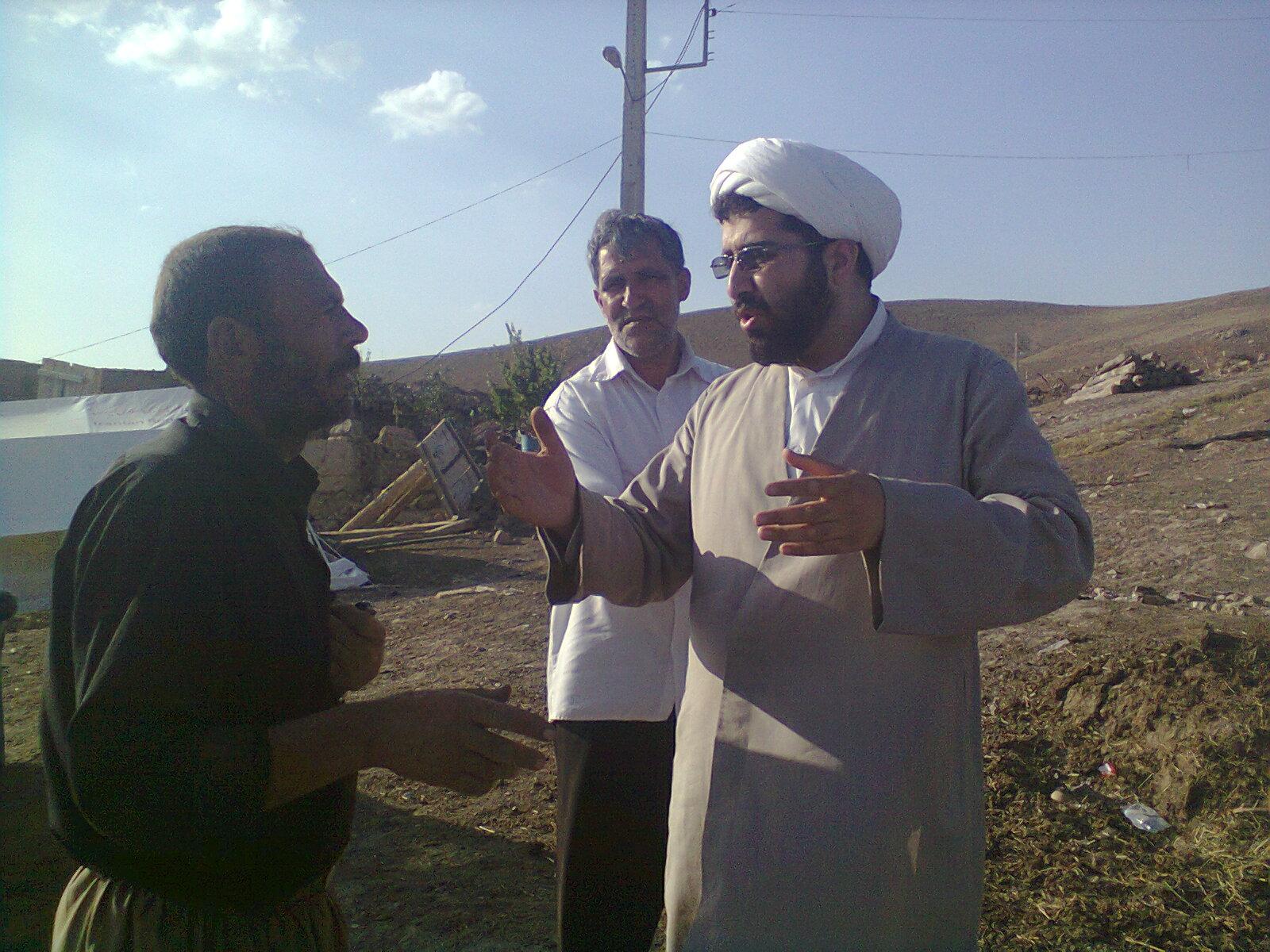 کمک رسانی به زلزله زدگان آذربایجان توسط آذرشهری ها